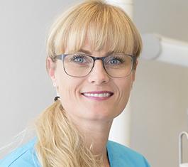 Tandlæge Charlotte Bugge, din lokale og dygtige tandlæge i Struer og Ulfborg